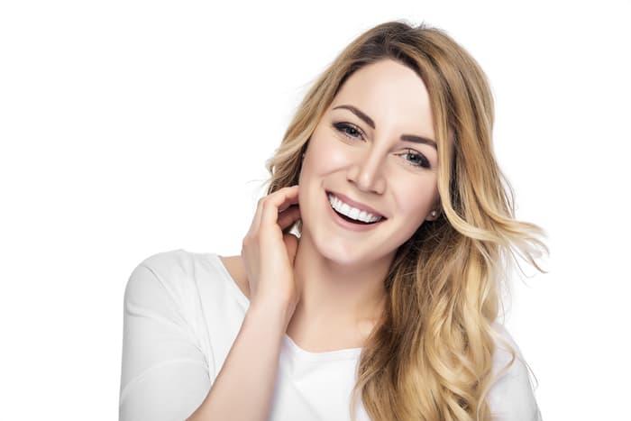 Отбеливают ли зубы в стоматологии